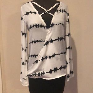 Tops - Surplice Black and White Blouse